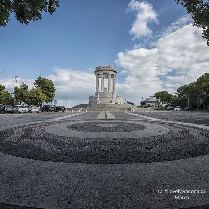 monument-ancona
